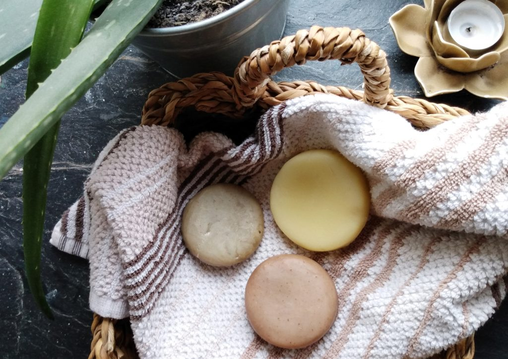 natural shampoo and conditioner bar experience featured image