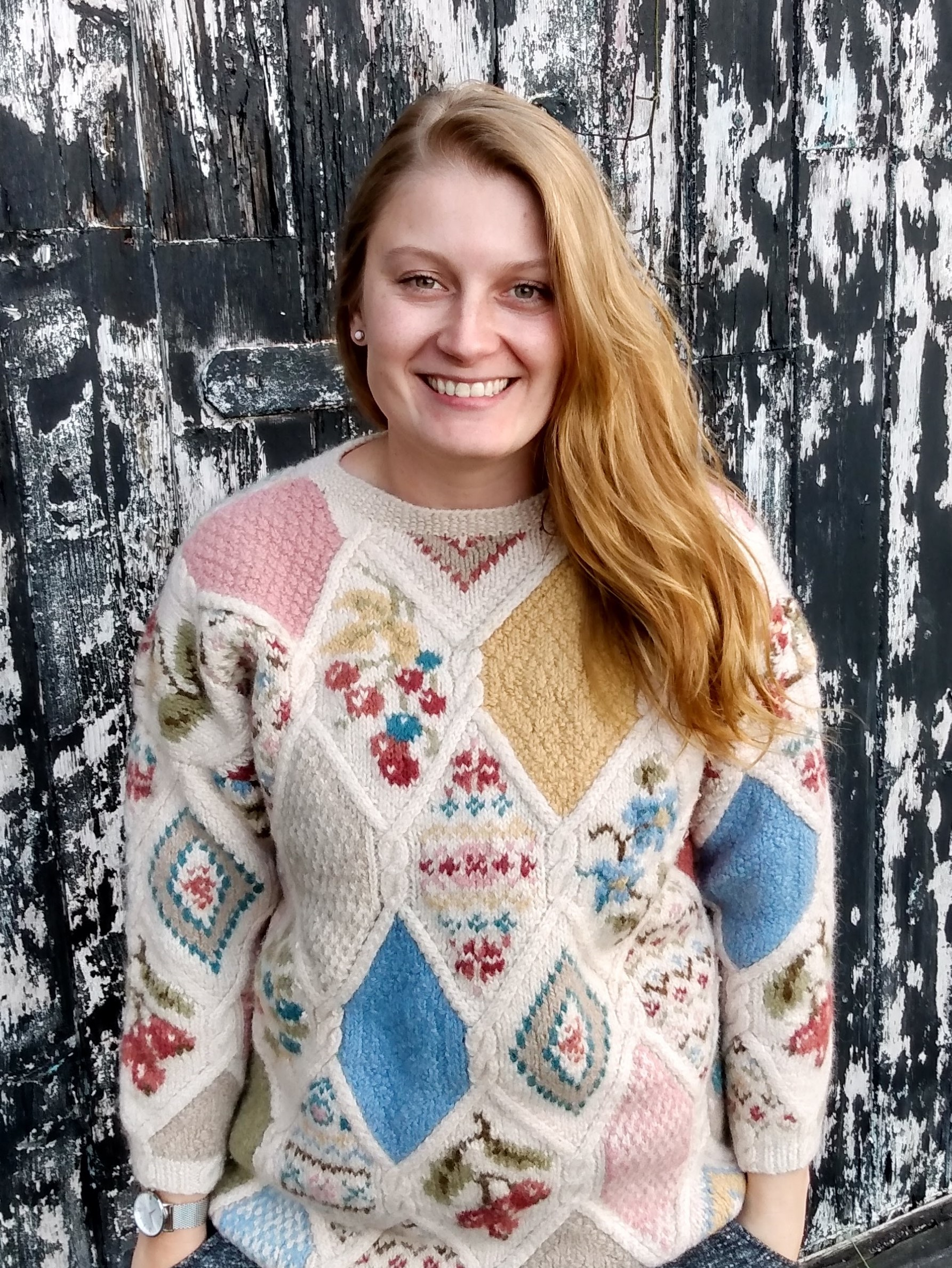 Me wearing vintage jumper. 4 tips for buying second-hand clothes by a Hopeful Home.