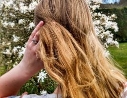header image 5 natural hair care tips by a Hopeful Home