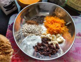 Header image pumpkin pie overnight oats by A Hopeful Home.