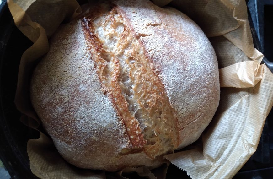 How to Make Sourdough Bread from Scratch